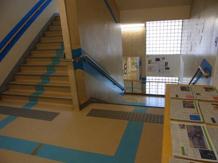 062903階段.jpg